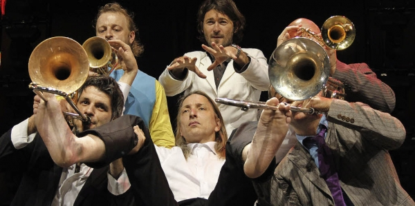 MNOZIL BRASS, my favourite brass band. These guys are brilliant!